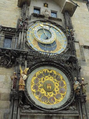 Altstädter Rathaus mit astronomischer Uhr