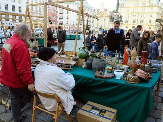 Adventmarkt Am Hof, mit Trödelmarkt