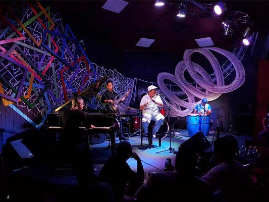 Iván Acosta y su grupo de cuba somos im Iris Jazz Club am 20.1.2018
