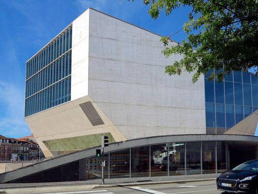 Casa da Música, Blick von der R. de 5 de Outubro