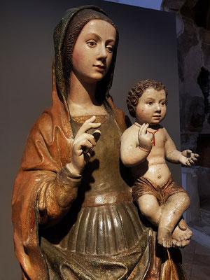 Muttergottes mit Jesuskind in der Kruzifixbasilika