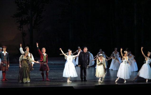 Applaus für La Sylphide: für den Dirigenten Pavel Sorokin