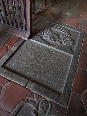 Grabplatten in der Niederländisch Reformierten Kirche