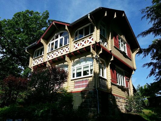 Eine der Sommervillen der Villenkolonie von Rudolf Sendig