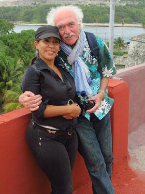 Tamara und Bernd auf dem Dach des Restaurants La Giradilla