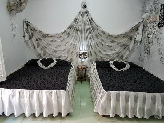 Unsere Betten im Hostal Girasol
