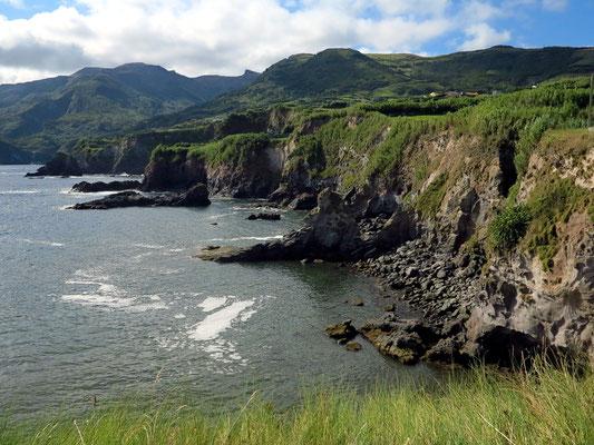 Küstenlandschaft bei Ponta Delgada
