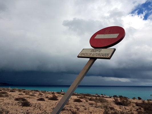Regenfront an der Costa Calma