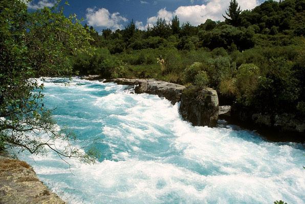NZ Huka Falls