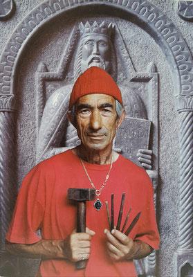 Der Bildhauer Francesco Mangieri (MAO), 1935-2013 (Fotografie archivio Clemente Florio, 2000)