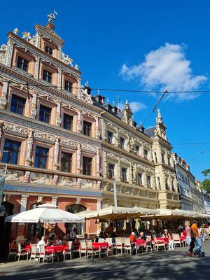 Traditionelles Restaurant Pavarotti im Gildehaus am Fischmarkt 13-16