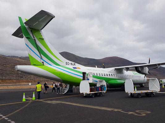 Unsere Binter-ATR 72 TurboProp auf dem Aeropuerto El Hierro mit dem Ziel Tenerife Norte