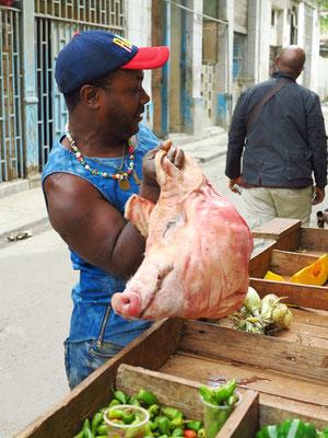 Marktstand in Habana Vieja ... nichts für Vegetarier