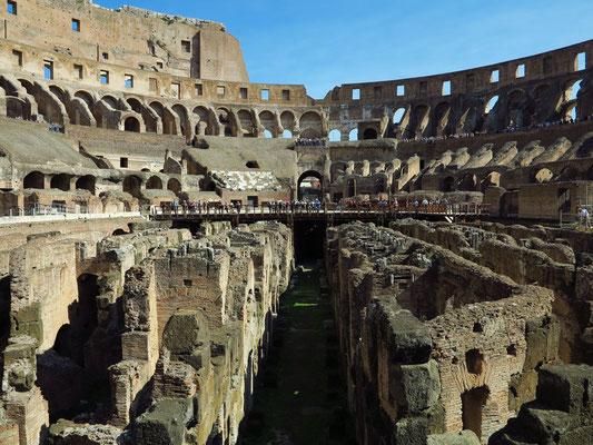 Unterkellerung des Kolosseums, Blick von der unteren Ebene