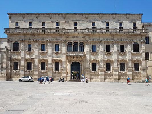 Lecce, Seminario an der Piazza del Duomo