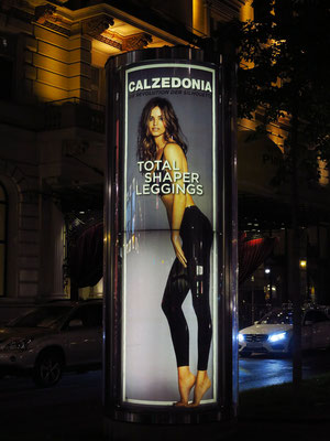 Werbung für Calzedonia (Unterwäsche und Damenbekleidung)