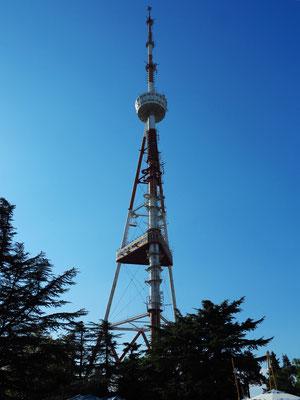 Fernsehturm auf dem Berg Mtazminda