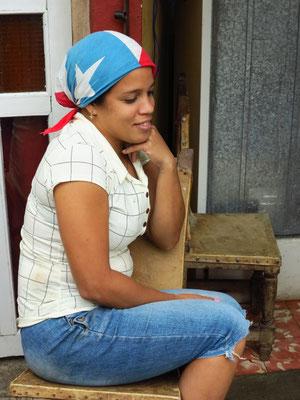Tania in der Küche des Paladar San Carlos