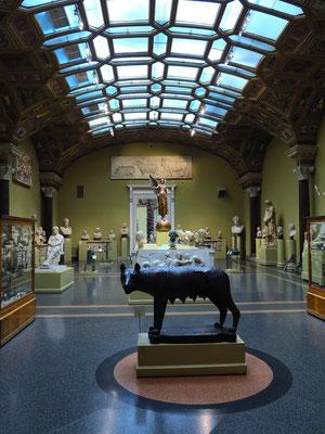 Saal mit Skulpturen aus römischer Zeit