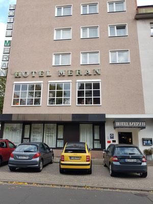 Hotel Meran (mit Hallenbad und Sauna), (mein Zimmer 310)