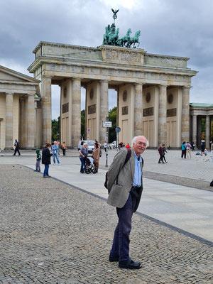 Bernd.Th vor dem Brandenburger Tor