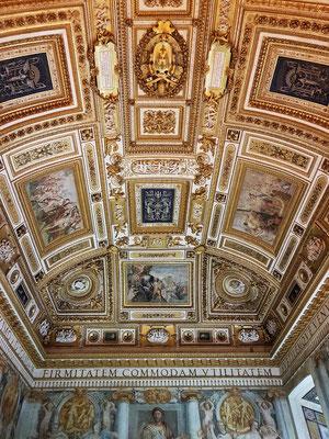 Deckengemälde der päpstlichen Gemächer