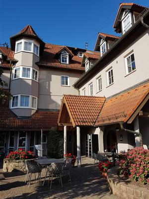 Hotel Consulat des Weins, seitlicher Eingang
