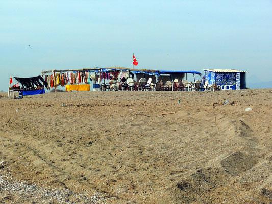 Touristische Infrastruktur am Kleopatra Beach