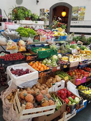 Gemüse und Obst im Mercado Municipal