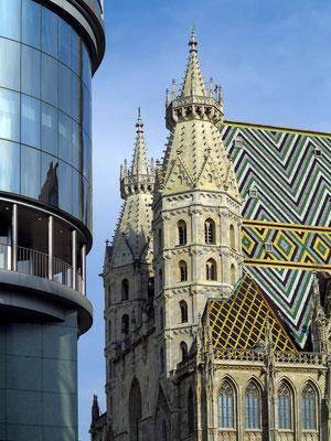 Haas-Haus am Stock-im-Eisen-Platz gegenüber dem Stephansdom, Architekt: Hans Hollein, 1990