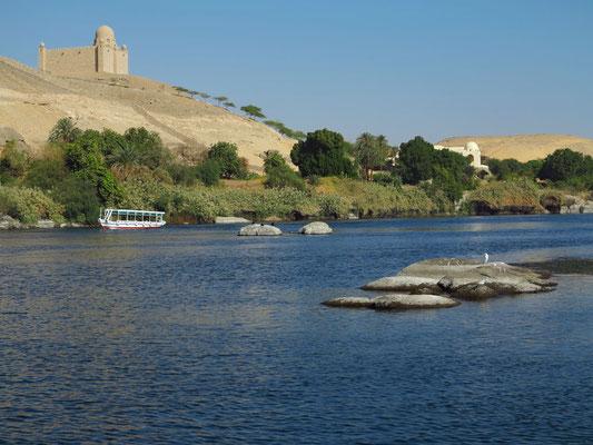 Mausoleum des Aga Khan und sein Privathaus am Nilufer