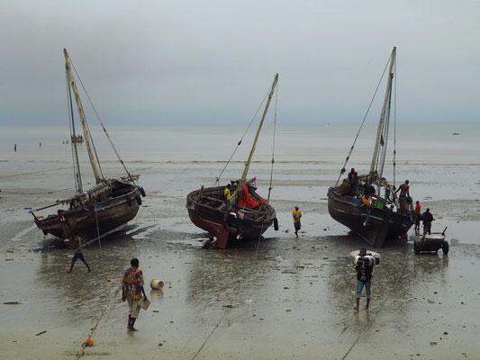 Fischerboote von Bagamoyo