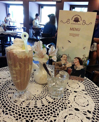 Lviv-Schokoladen-Café; Eis-Schokolade