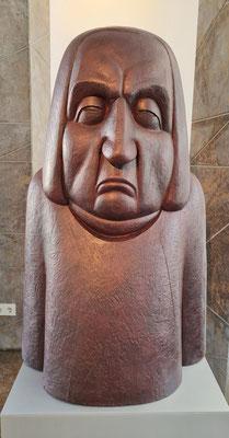 """Eichenholz-Skulptur von Gerhard Kurt Müller (1981–1984), welche für das 1985 eröffnete Bach-Museum Leipzig entstand, dort aber als """"zu traurig"""" abgelehnt wurde"""