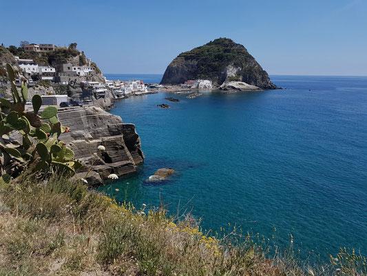 Blick auf die Halbinsel von Sant'Angelo