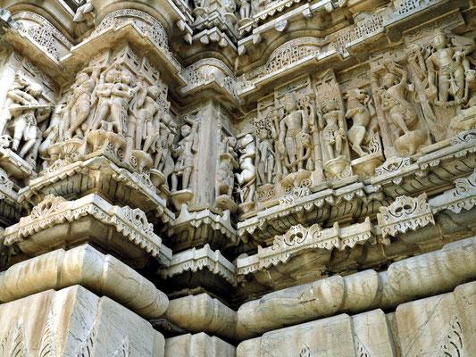 Schöne Beispiele der Hindu-Ikonographie, Steinmetzarbeiten