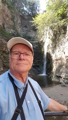 Am Leghvtakhevi Wasserfall