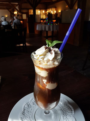 Eiscafé im Restaurant Am Peenetal