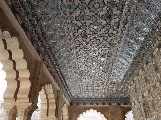 Dekoration der Decke des Diwan-i Khas