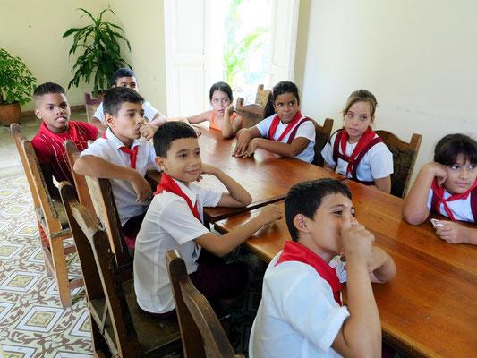 Große Erwartungshaltung der Schülerinnen und Schüler an den Besuch aus Deutschland