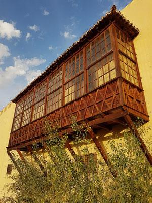 Casa de Los Coroneles, Balkon