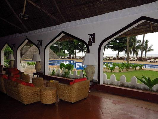 Zanzibar Beach Resort, Blick aus der Lobby zum Swimmingpool