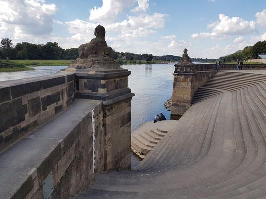 Freitreppe des Wasserpalais