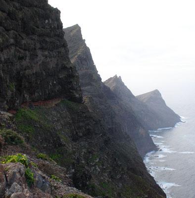 Blick vom Mirador de Balcón nach Südwesten auf die Steilküste von Gran Canaria