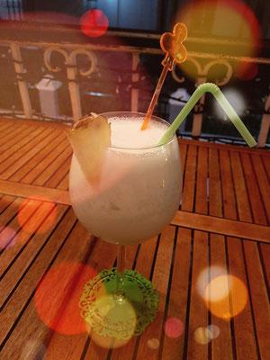 Restaurant Thoms Yadira, Cocktail Pina Colada zum Abschied von Santiago de Cuba