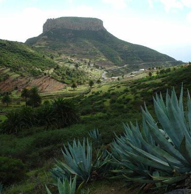 Basalttisch La Fortaleza (1243 m) bei Chipude