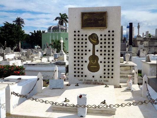 Grab von Compay Segundo, kubanischer Musiker (1907-2003)