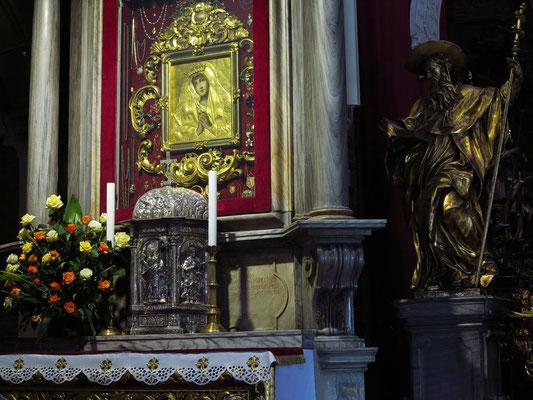 Altar in der Domkirche