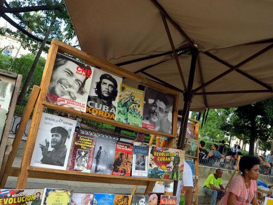 Bücherstand auf der Plaza de Armas