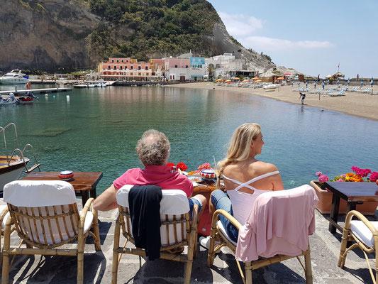 Strand und alter Siedlungskern von Sant'Angelo
